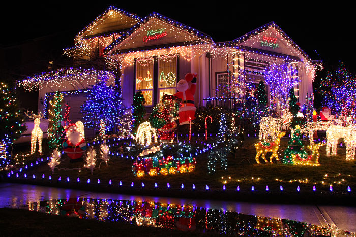 The Magic Of Christmas Lights And Where You Can Find Them - The Magic Of Christmas Lights And Where You Can Find Them Mum Central