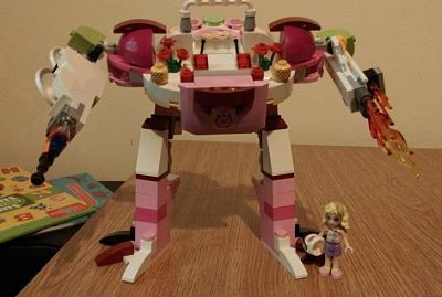 gender stereotyping lego juicebar robot