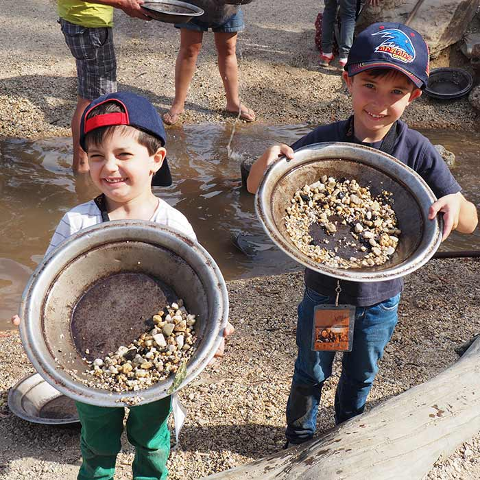 Sovereign-Hill-Gold-Panning