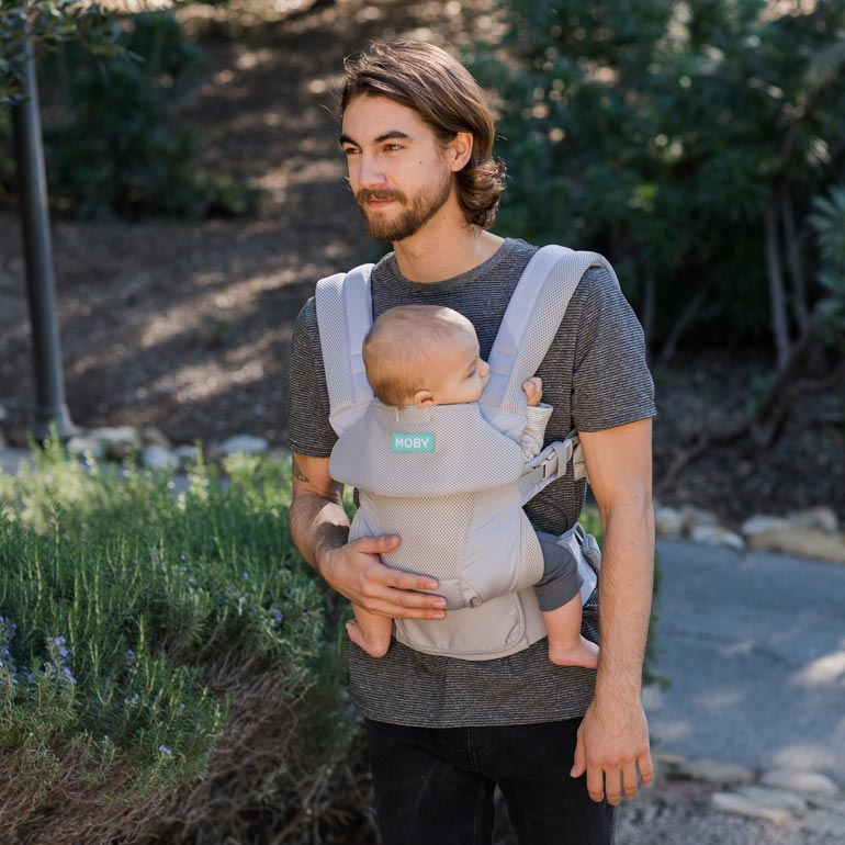 babywearing, dad wearing moby baby carrier