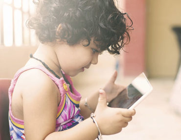 Toddlers-and-Touch-Screens