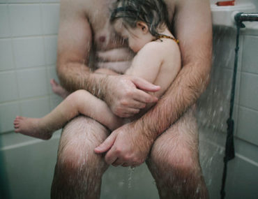 Facebook-Bans-Dad-Shower-Photo