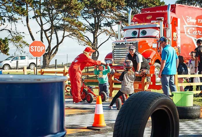 Disney-Pixar-Cars-Truck-Tour