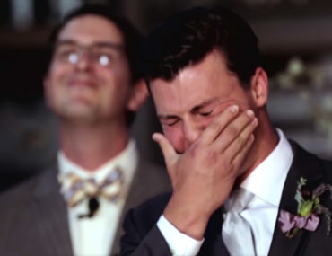 grooms-reaction-to-seeing-his-bride