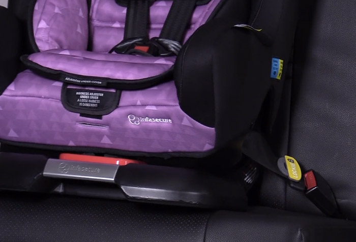 This Nifty $10 Gadget Takes Children\'s Car Seat Safety to a Whole ...