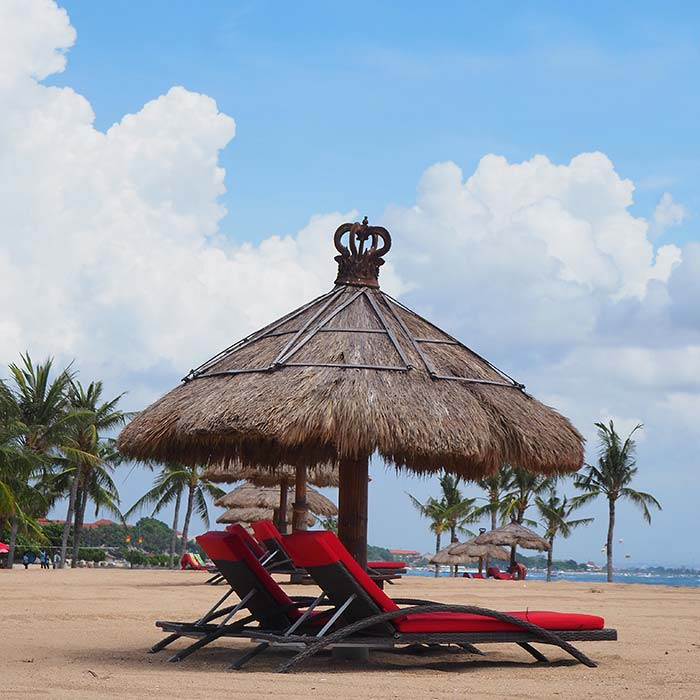 club-med-bali-beachfront-lounges