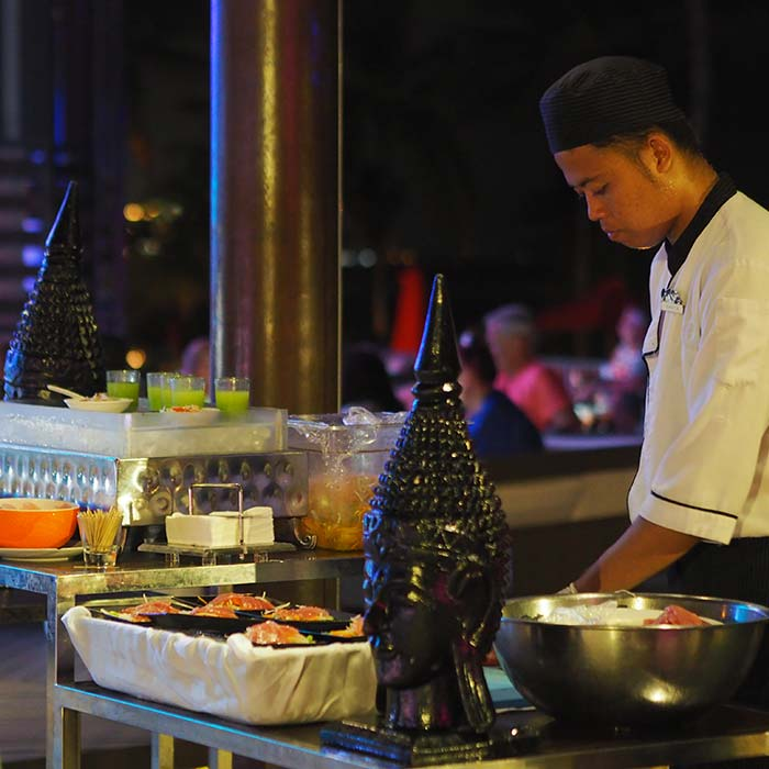 club-med-bali-supper