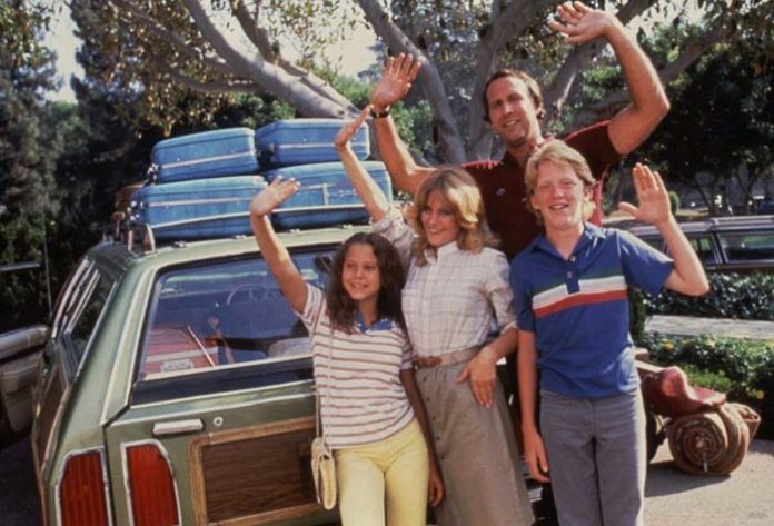 retro family picture of Griswold with the whole family