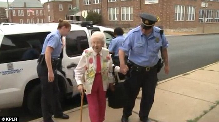 Sisters in bucket-list-crime. 102 year old Edie Simms. Image via Daily Mail.