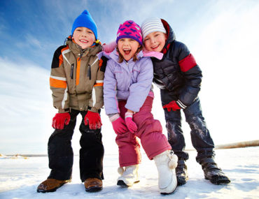 family-snow-holiday-kids