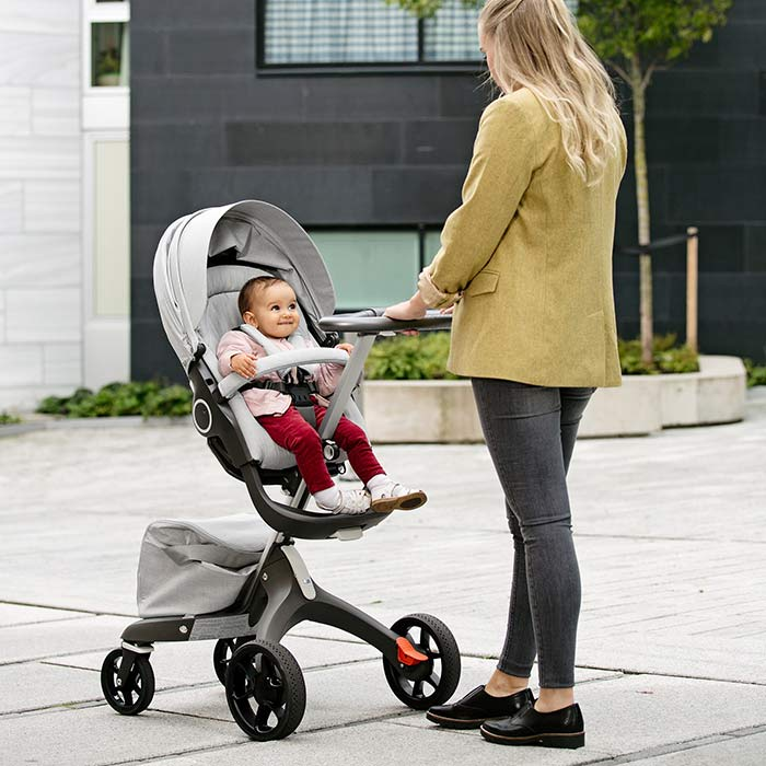 stokke-explory-v5-mother-and-baby
