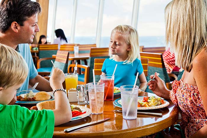 family-cruising-dining-windjammer