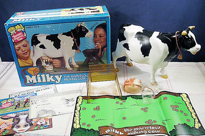 Milky milking cow toy