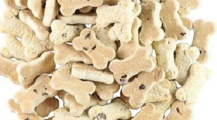 mum feeds kids Scooby Snacks dog biscuits