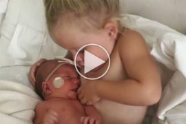 viral video Big Sister on Breastfeeding Duty