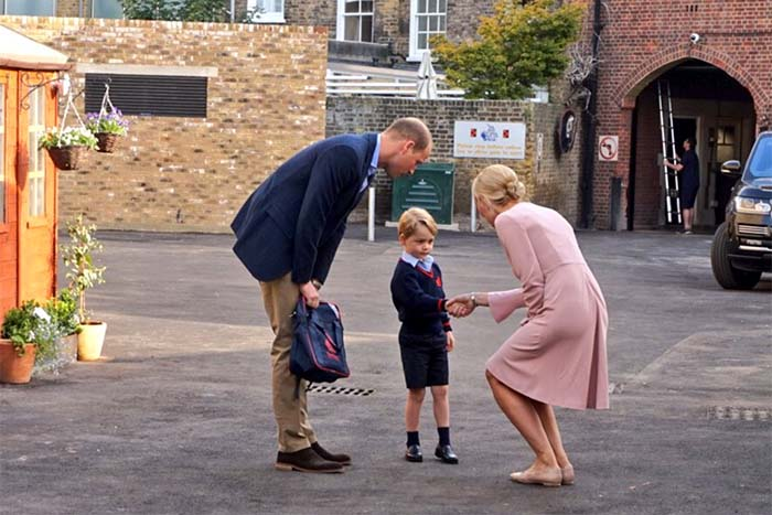 Prince William escorts Prince George to his first day of school