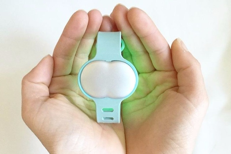 Ava smart bracelet can tell if you're pregnant