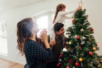 when to put up Christmas decorations