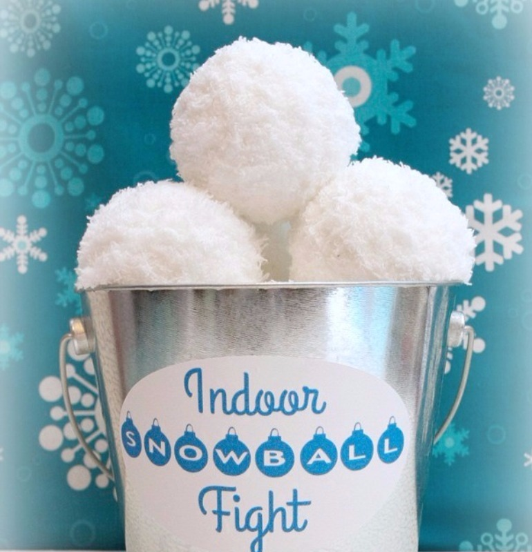 cute Christmas crafts fro kids 2017 - indoor snowball fight