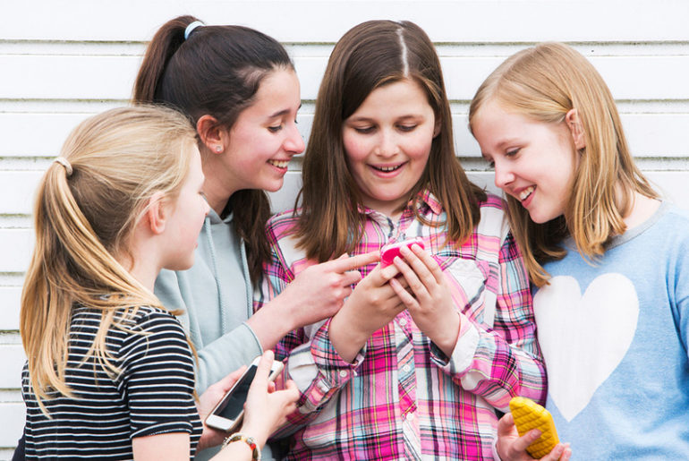 mobile phone contract for kids Telstra
