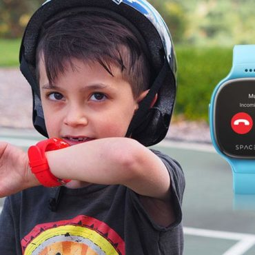 REVIEW: Meet the Spacetalk Smartwatch that Lets Kids be Kids Again