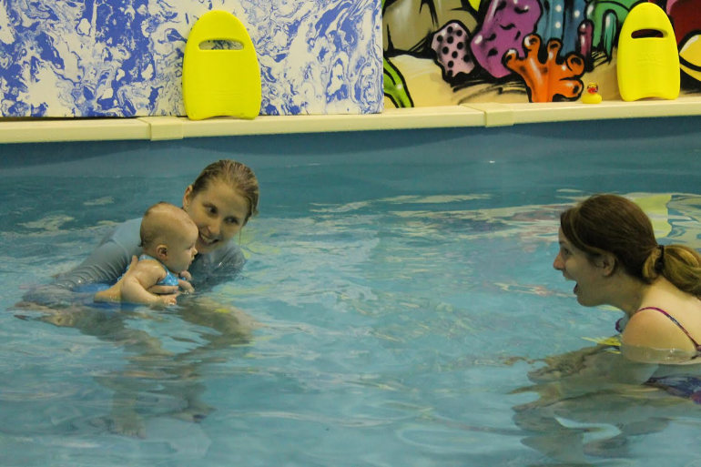 Baby swimming hack breath under water
