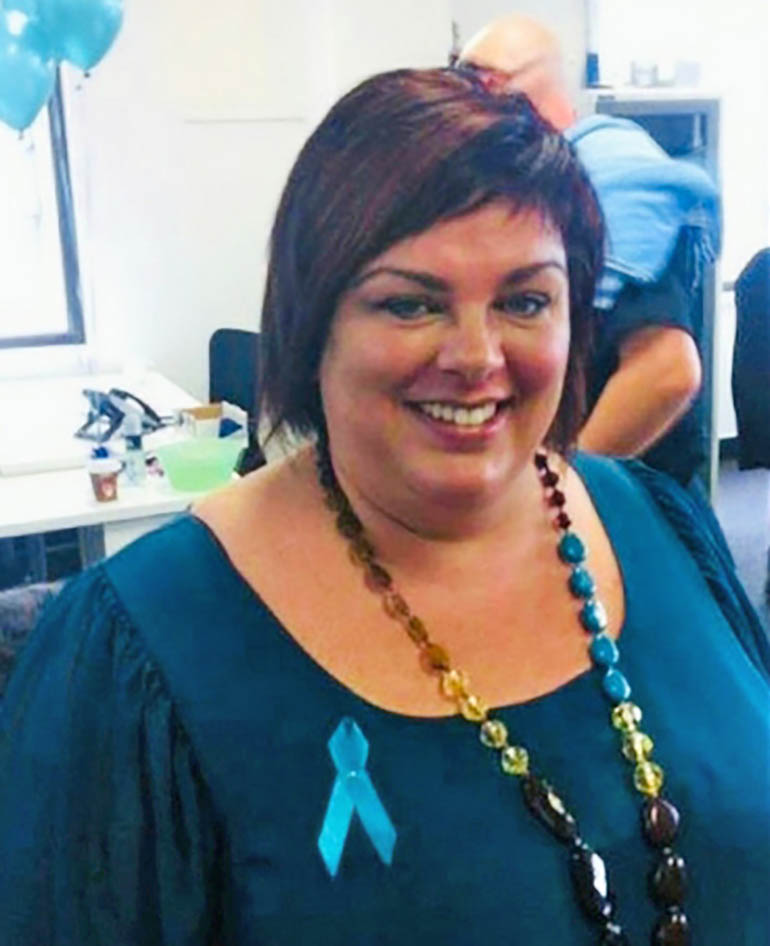 ovarian cancer survivor Deborah Robertson