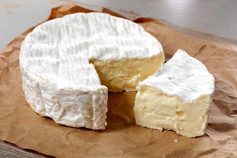 soft cheese - foods to avoid during pregnancy