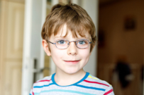 child vision problems - how to tell if your kid needs glasses