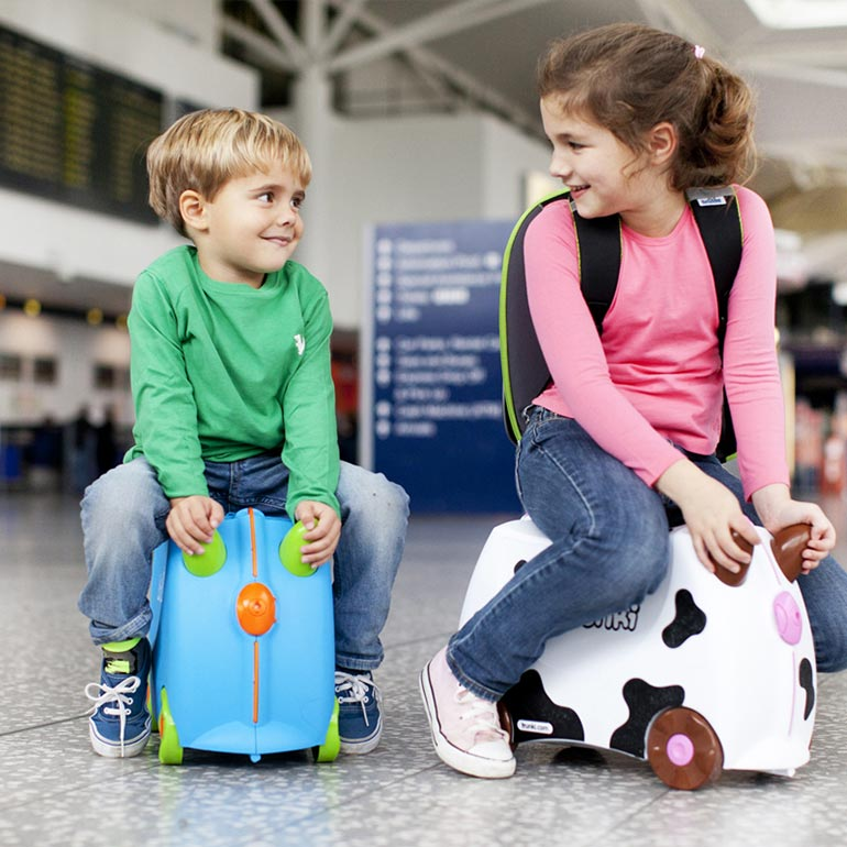 the stork nest trunki suitcase