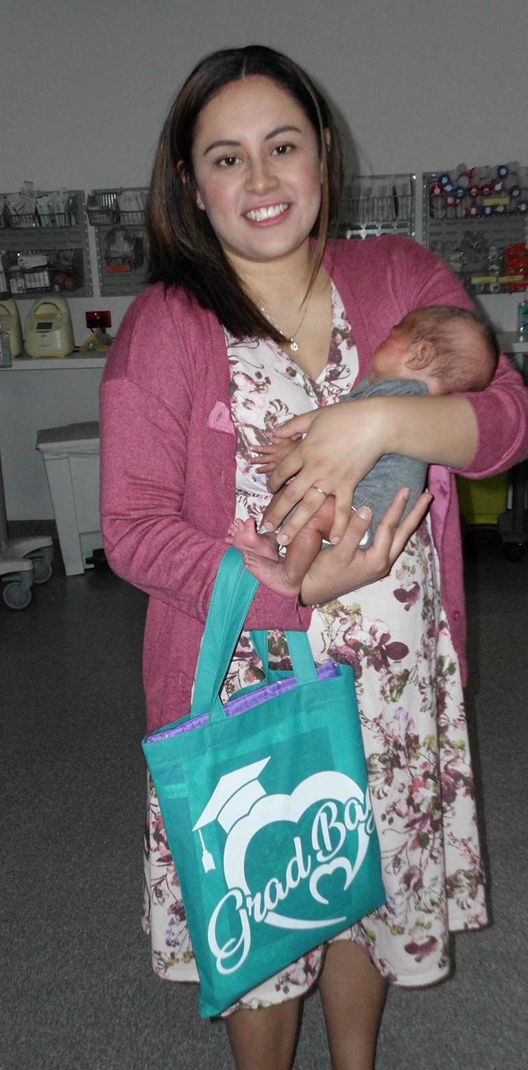 premature babies graduation bags come to australia