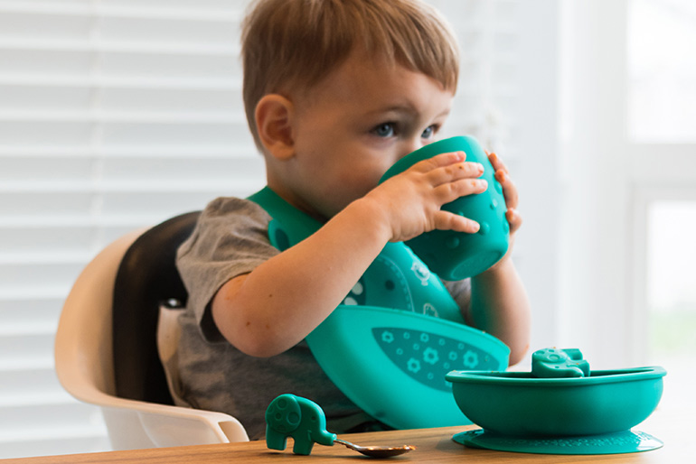 gift giveaway toddler eating set
