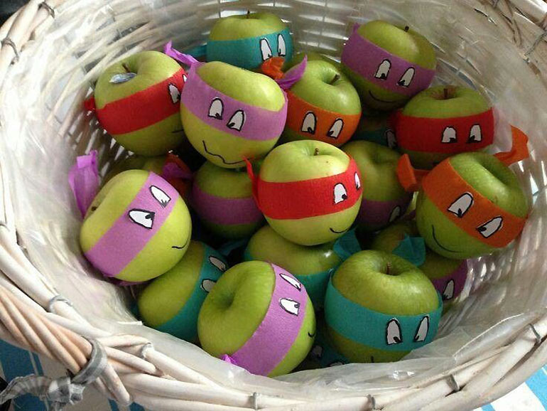 Cute fruit ninja apples