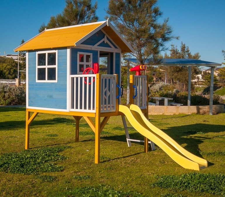 win a wooden cubby house - kidzshack beach shack cubby house