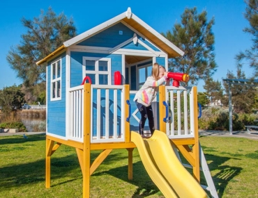 Kidzshack wooden cubby house for kids