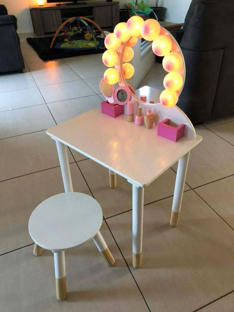 kmart vanity table hack boobs