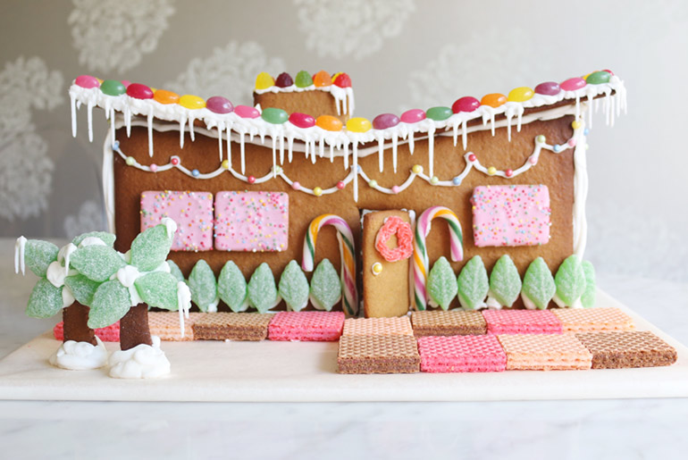 cool gingerbread house