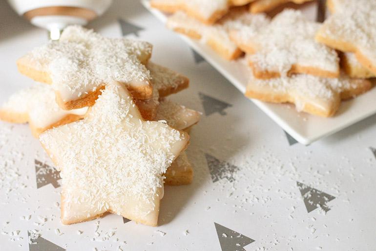 lemon shortbread Christmas stars
