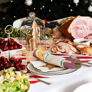 Save Time, Money and Effort with the Ultimate Grab & Go NO COOK Christmas Lunch