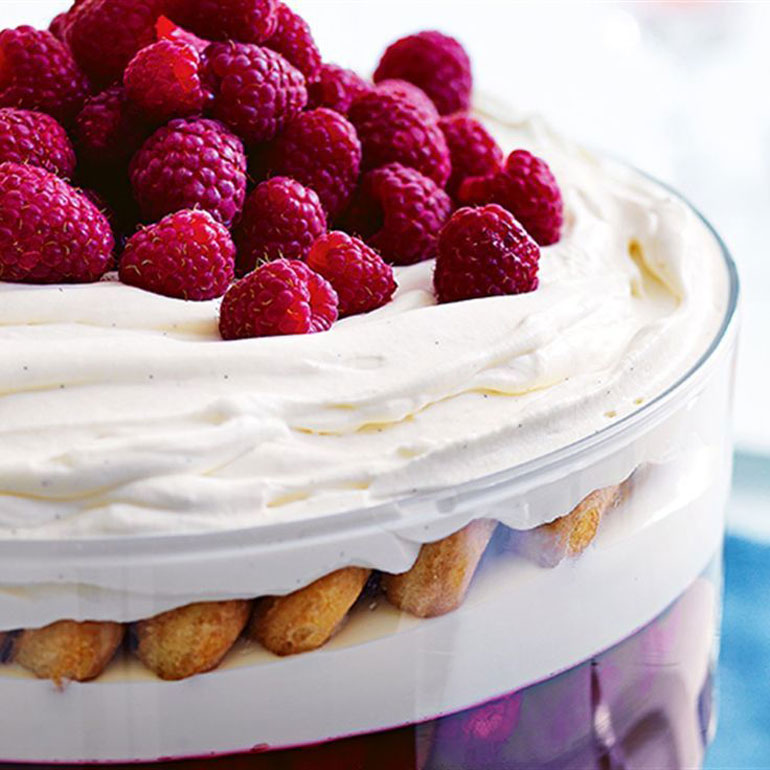 raspberry and white chocolate trifle