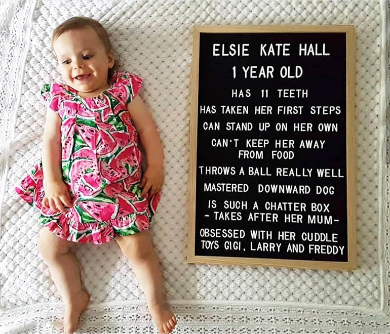 baby milestone photo ideas