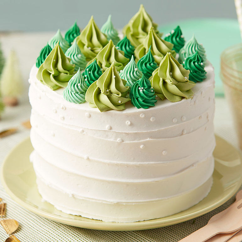 10 Stunning Christmas Cakes To Top Off Your Festive Feast