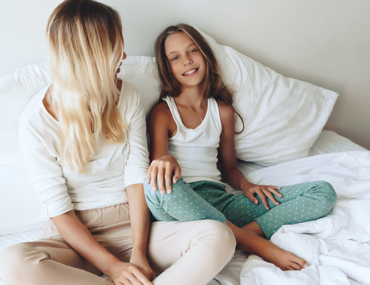 mother-talking-to-daughter