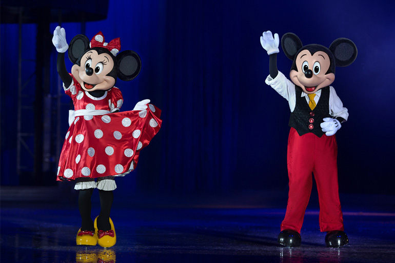 disney on ice mickey and minnie mouse