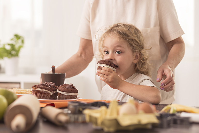 parenting rules child eating cake