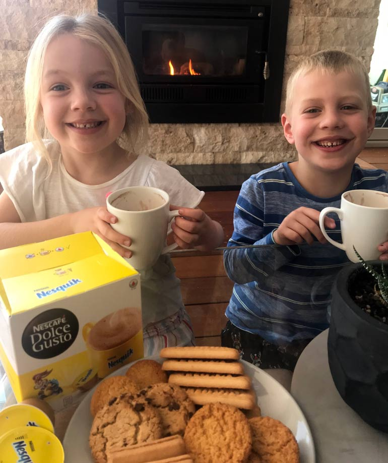 Kids enjoying their NESCAFÉ Nesquik