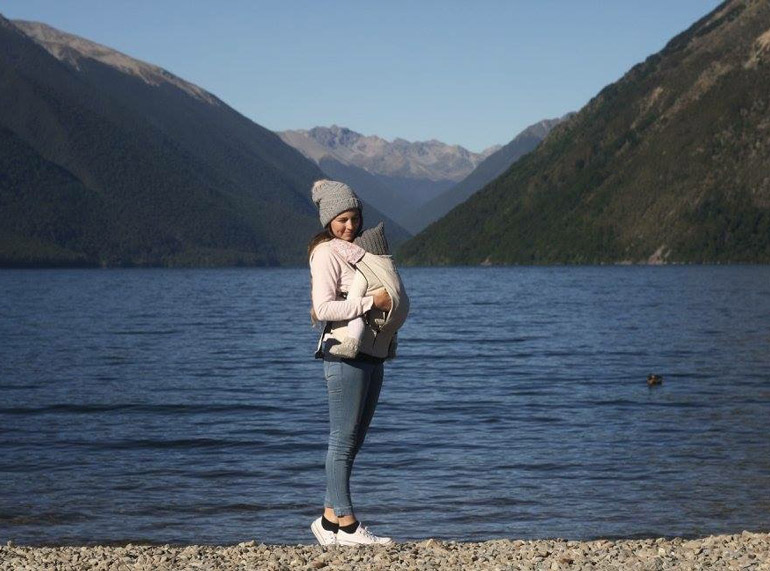 baby travel carrier - Mountain Buggy's Juno Carrier