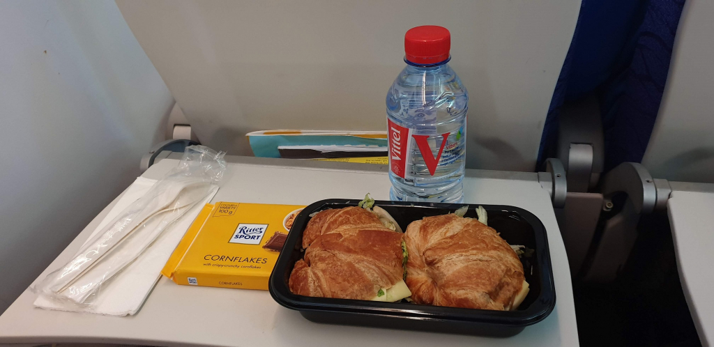 Scoot Airlines food