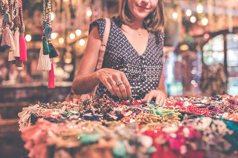 Christmas money saving tips, market jewellery