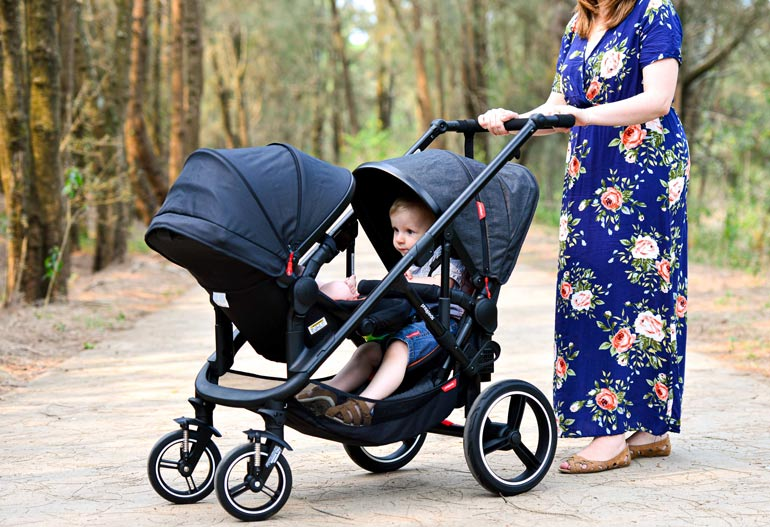 Voyager double pram